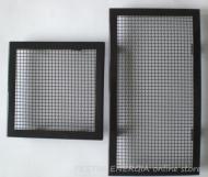 Решетка за камина цвят черен гланц с широк кант